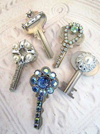 Old Keys Can Also Be Used For Recycled Art At The Library Patrons Bring In That They No Longer Want To Use And Decorate Them Make Jewelry