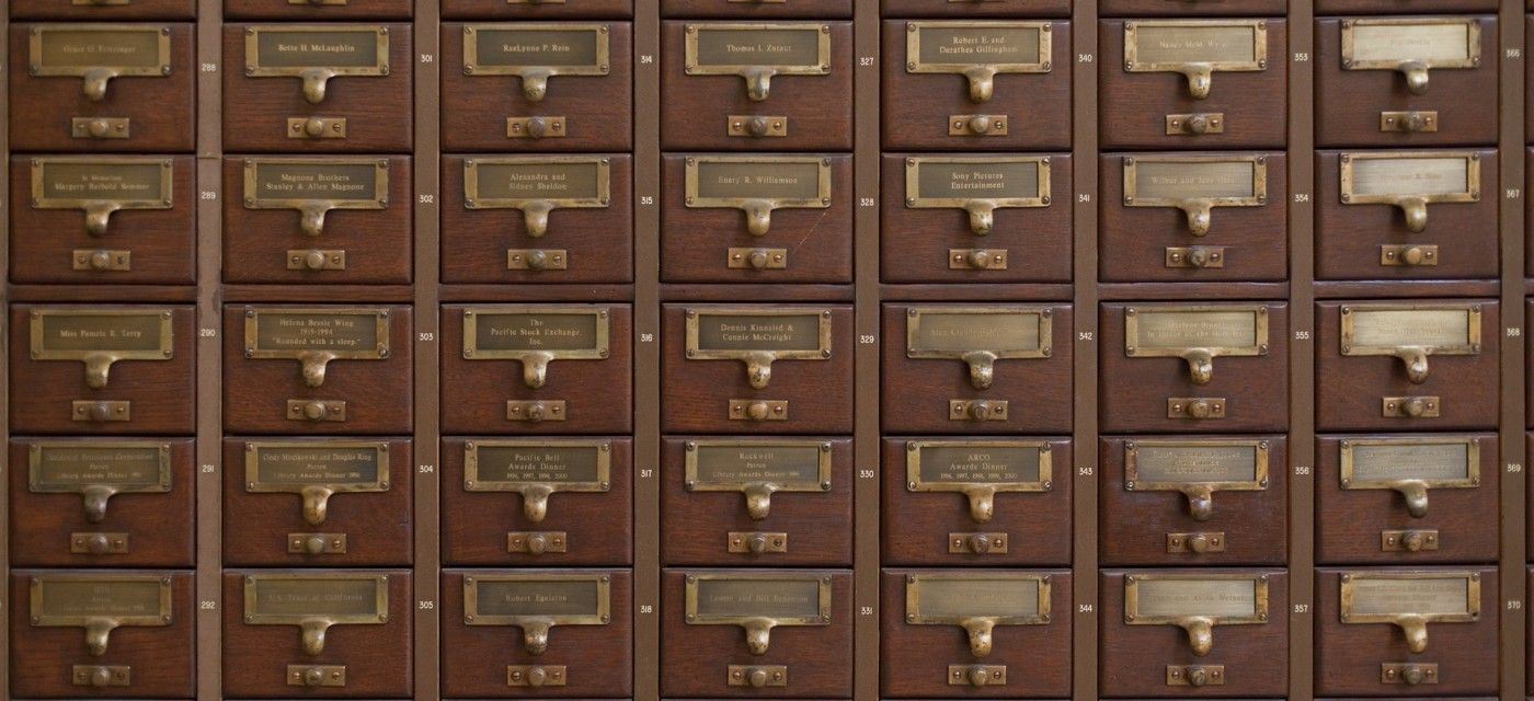 Etonnant Closing The Drawer On Library Catalog Cards